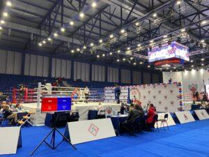 В Барнауле продолжается Первенство России по боксу среди юниоров.