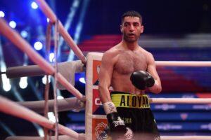 Михал Алоян защитил чемпионский титул WBA Gold, одержав досрочную победу над Грищуком